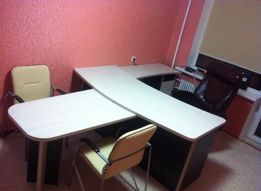 Срочно продам офисный стол выгодной цене