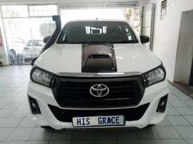 2016 Toyota Hilux 2.8 G-D6 Manual /130000Km.