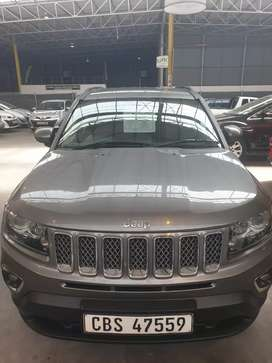 2013 jeep compass R125000 negotiable