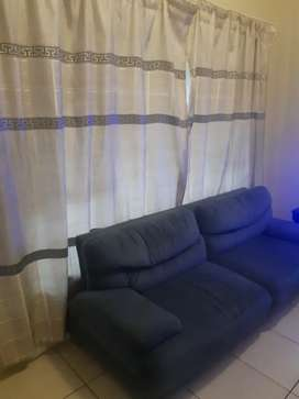 Room to let in 2 bed apartment