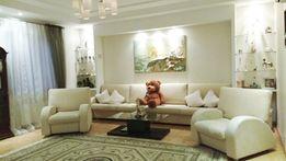 Продам красивый дом 388 кв.м. с бассейном
