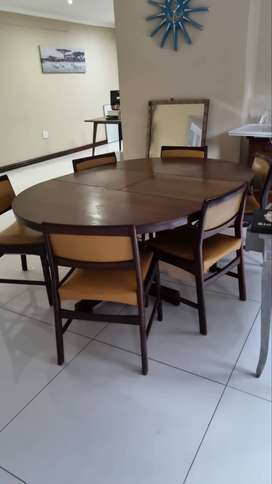 Antique 6 seater Imbuia dining room table and 6 chairs