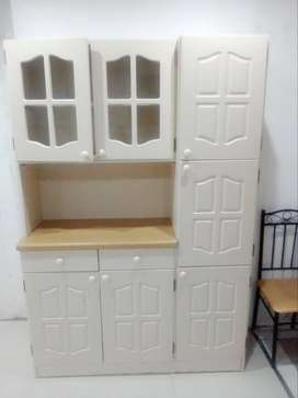 Kitchen cupboard for sale good as new