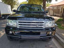 2009 LandRover Range Rover Sport Supercharged 4.2 V6 with Sunroof