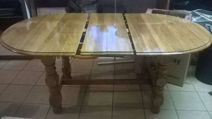 Solid Oak Extendable Dining Table 0