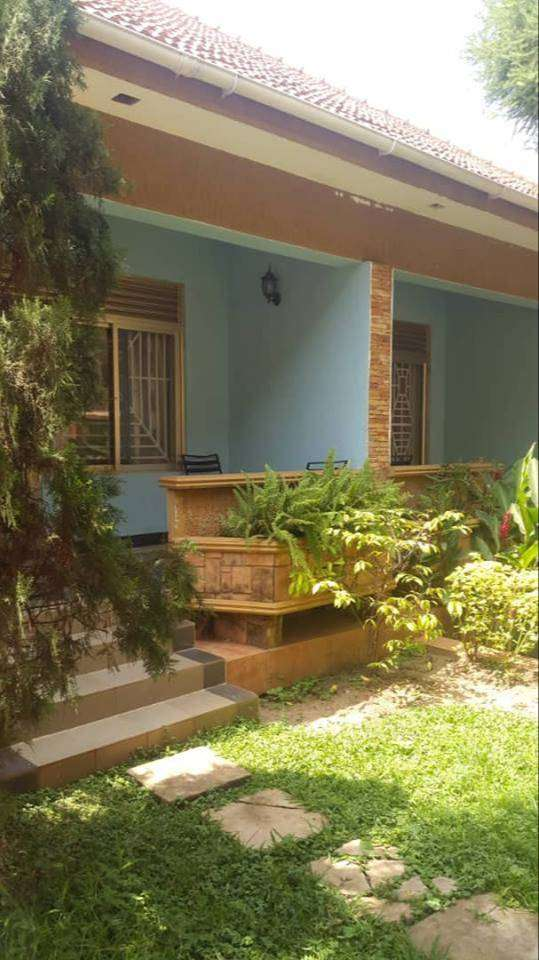 Nice fully furnished 2 bedroom house for rent in Ntinda at 2.5m 0