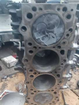4m40 MITSUBISHI  colt engines  spares  available