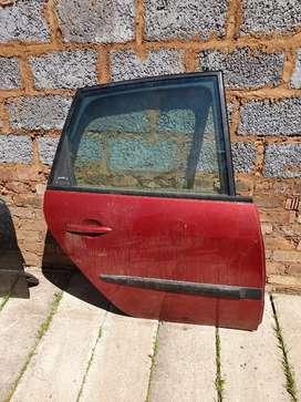 Renault scenic 2 rear right door shell