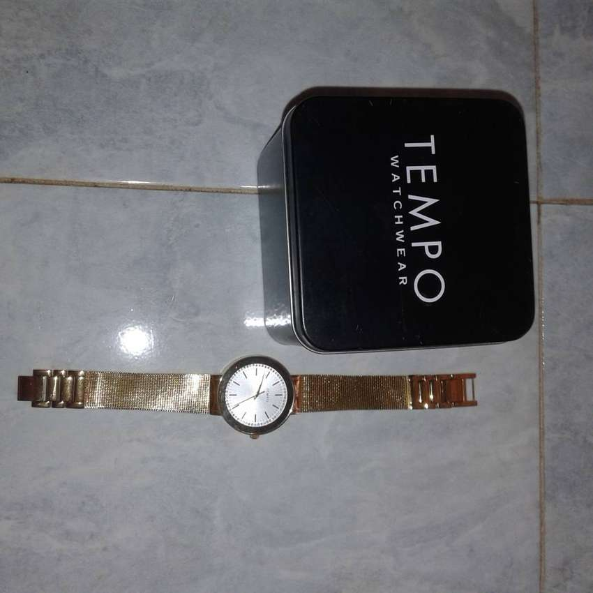 Tempo Gents gold watch 0