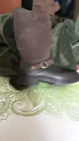 Croc boots to sell