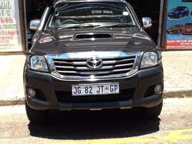 Toyota fortuner available now in very good condition
