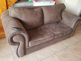 House & Home 2× Couches