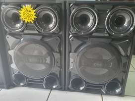 2 big Powerful speakers brand new in box with guarantee