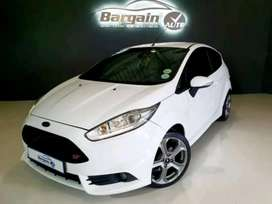 Get this Ford Fiesta ST 1.6 Ecoboost GTDi at a Bargain price.