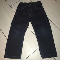 Czarne spodnie 98 firmy H&M