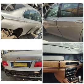 Stripping BMW 7 series F01 Car Spare parts
