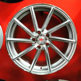 "18"" VSN Replica Rims"