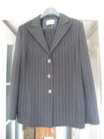 Костюм женский ( пиджак+ брюки) размер 50