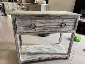 Tv Stand / drawer