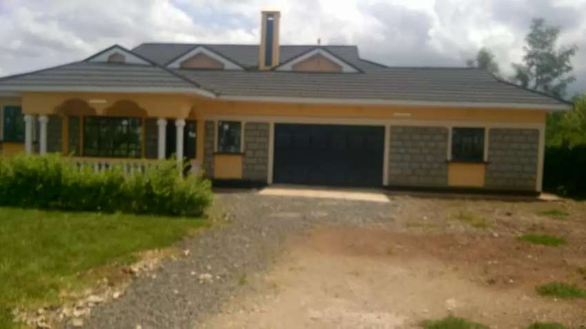 Four bed roomed house on 1/2 an acre plot on sale at upper elgon eldo. 0