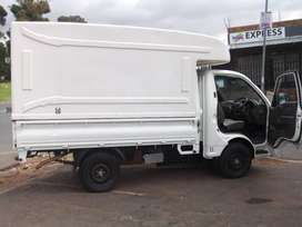 HYUNDAI H-100  2.7 LITRE  2014 MODEL