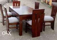 Dining tables 0