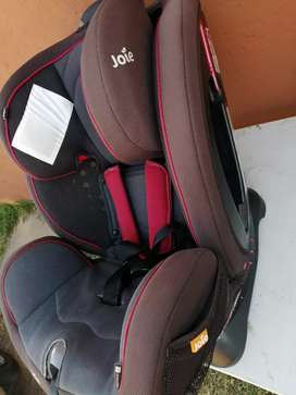 Joie car seat from birth to 25 kg