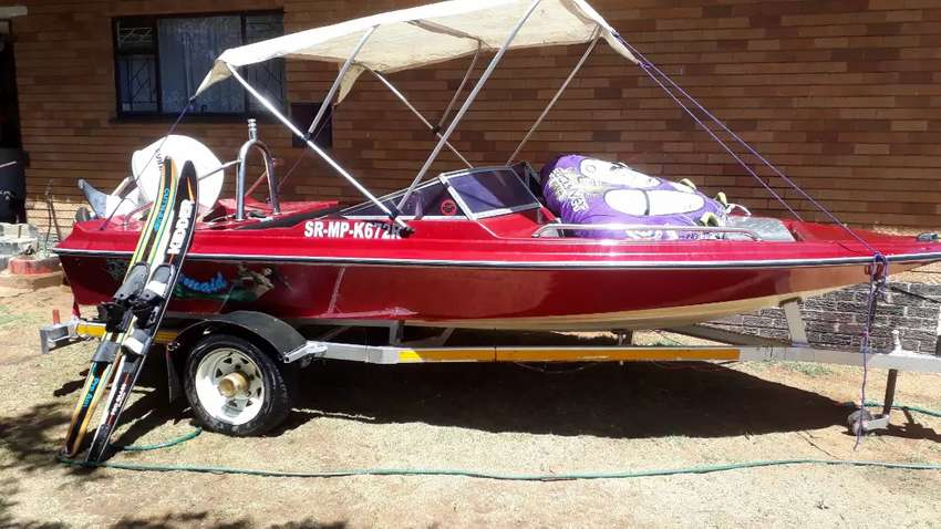 1997 VIKING BOW RIDER WITH TRAILER AND ACC 0