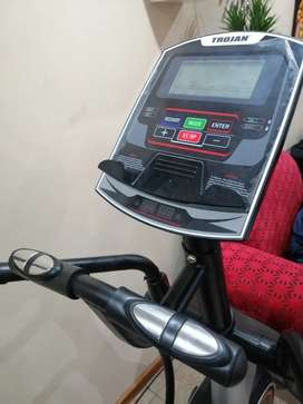 Trojan elite 1000 elliptical new. max weight capacity 130kg for R8500