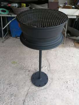 Braai stand and potjie pot stand for sale