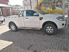 White Ford Ranger SXL single cab