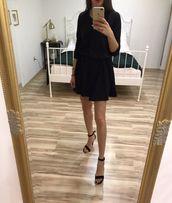 Sukienka Simple czarna wiązana dzianinowa