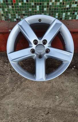 17 inch Audi mags for sale