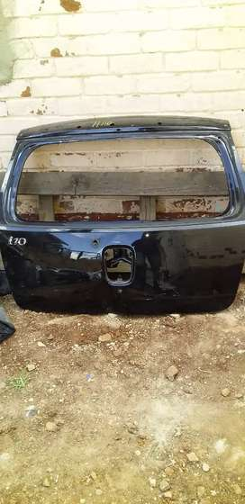 HYUNDAI i10 TAIL GATE AVAILABLE