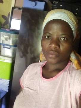 Zimbabwean maid,nanny and cleaner with refs needs stay in or out work