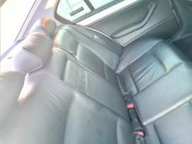 M selling 318 BMW facelift.stil in good condition.in nd out