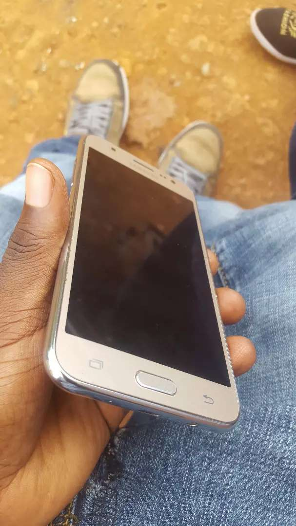 Samsung Galaxy J5 with 4G LTE clean as new 0
