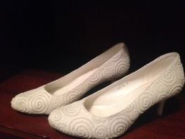 Свадебные туфли Louisa Peeress в идеальном состоянии