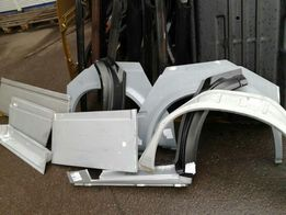 На VW LT 35 Mercedes Sprinte пороги арки низ двери.