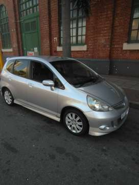 WELL KEPT HONDA JAZZ 1.5