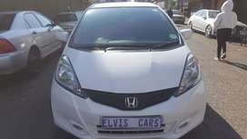 HONDA JAZZ 1.5 AUTOMATIC IN EXCELLENT CONDITION