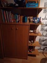 szafka na ubrania z półkami i dostawką