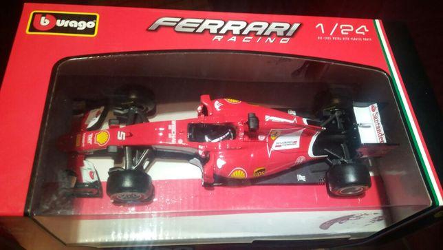 model bolidu F1 Ferrari Sebastian Vettel Gostyń - image 1