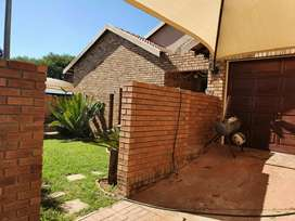 3 Bedroom house for sale in Bendor Security Complex