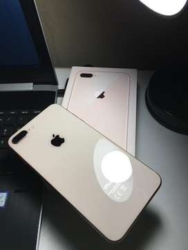 Iphone 8 plus Gold! Like new! Immaculate conditon