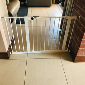 2x Bambino safety gates with extensions