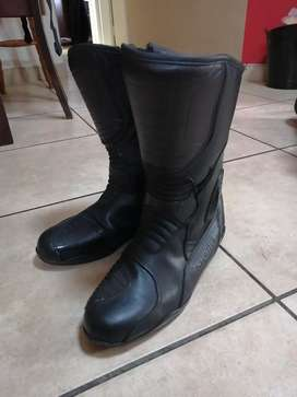 Stealth leather bike boots