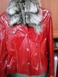 Куртка .лаковая кожа