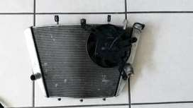 SUZUKI GSXR RADIATOR AND FAN K7-K8 1000