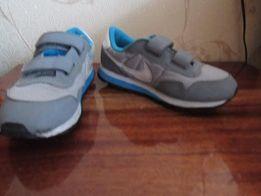Кроссовки Nike 33размер